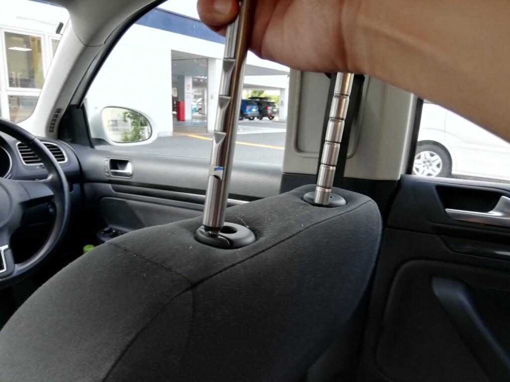 運転席側のヘッドレスト