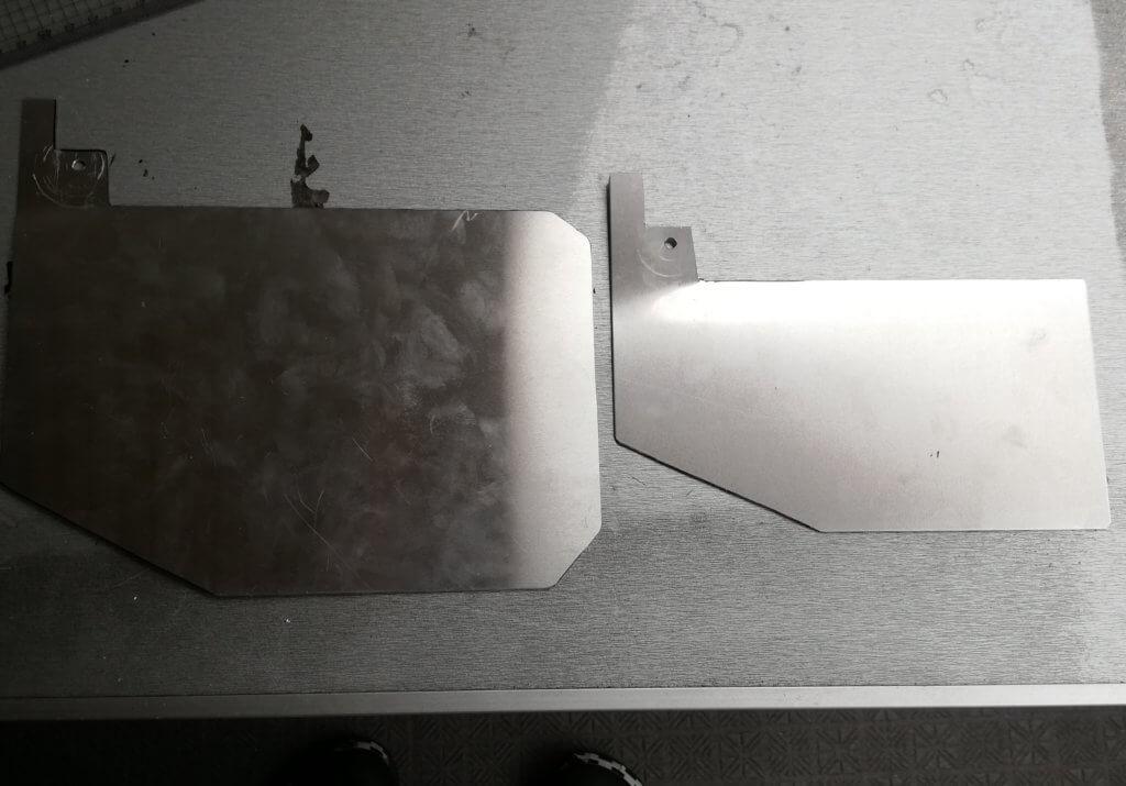 アルミ板のサイズ自体も一回り小さくした