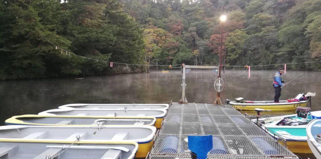 片倉ダムの桟橋