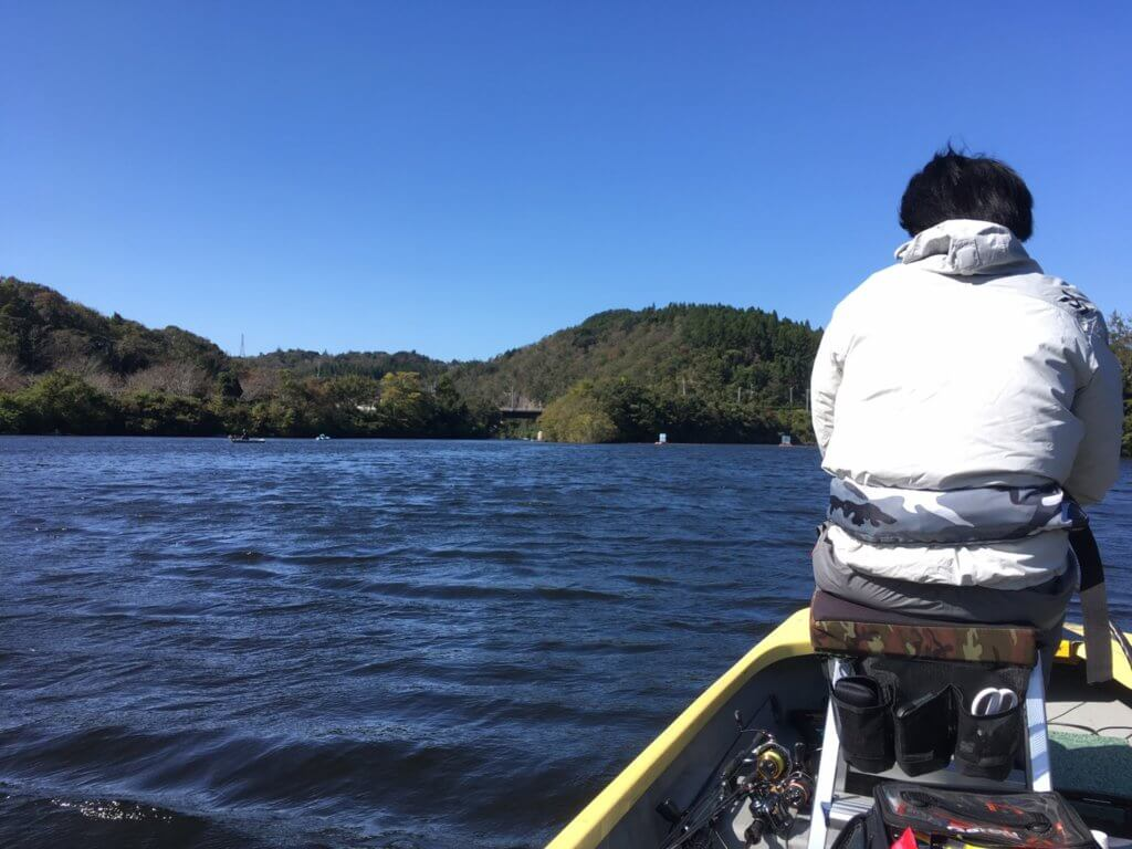 亀山ダムへ