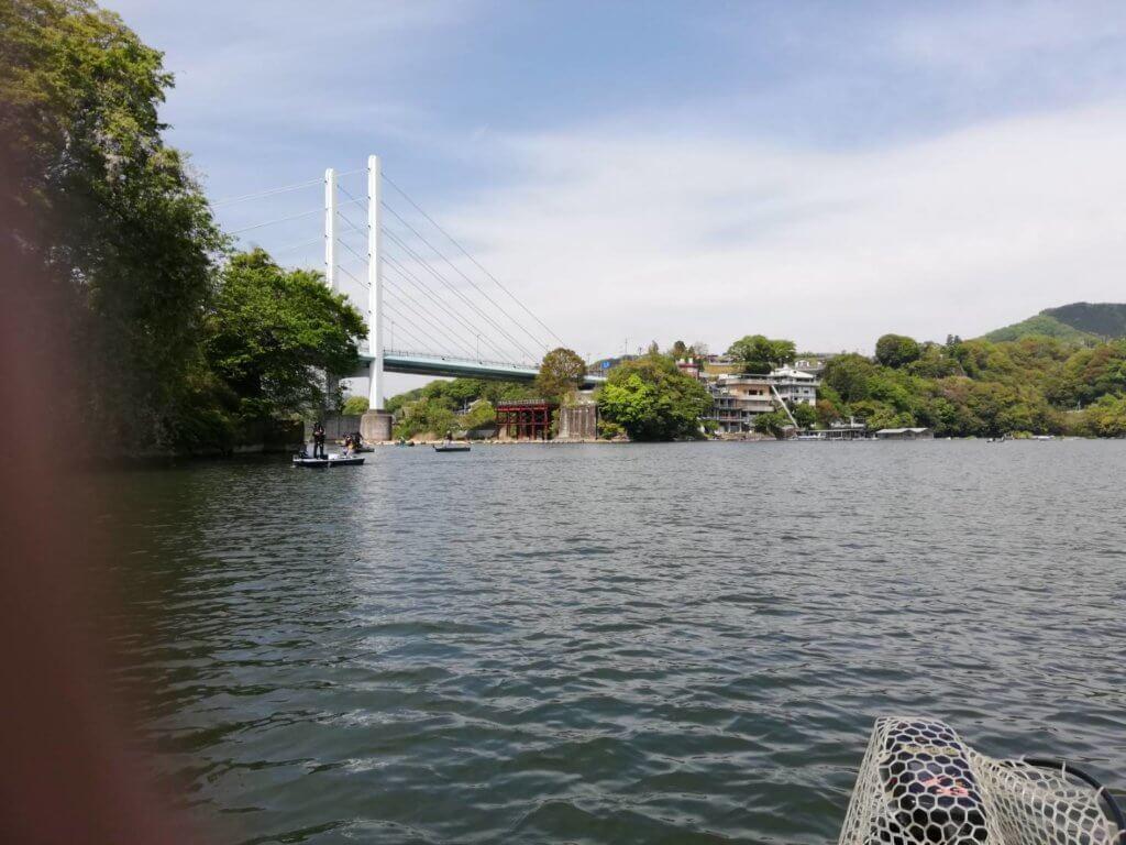 勝瀬橋方面へ移動