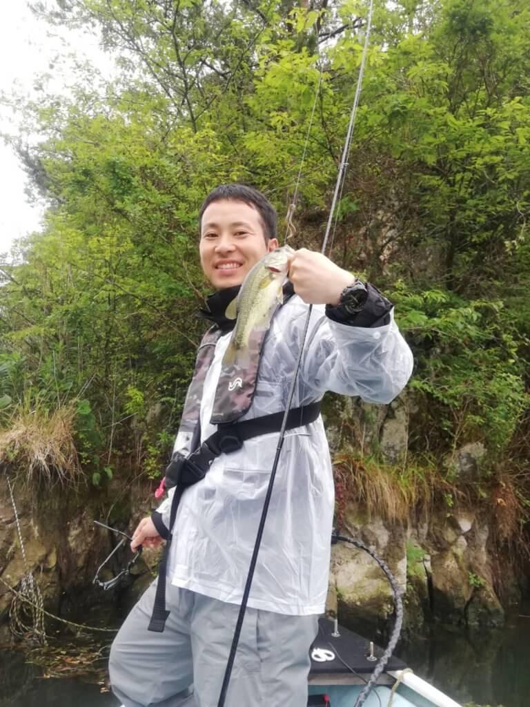 しっかり釣る松井